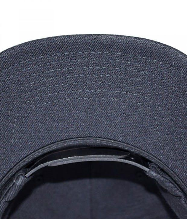 Skyggen af sort cap